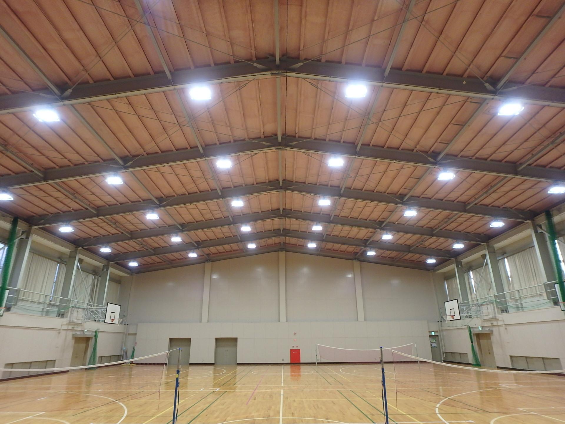 伊勢まなび高等学校体育館吊り天井等改修工事