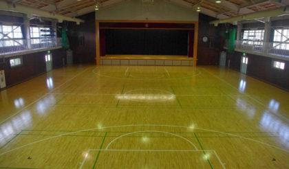 笠取山体育館床改修工事