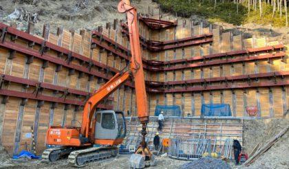 すさみ串本道路和深川橋A1下部工事